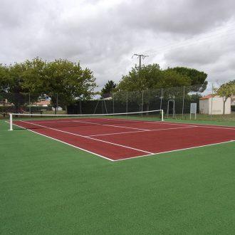 Terrain de tennis Grues